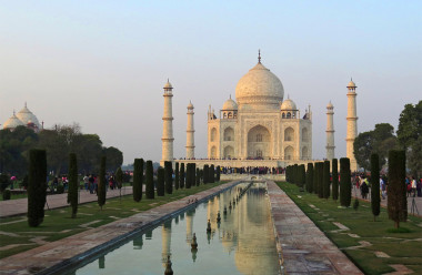 fashion-tours-taj-mahal